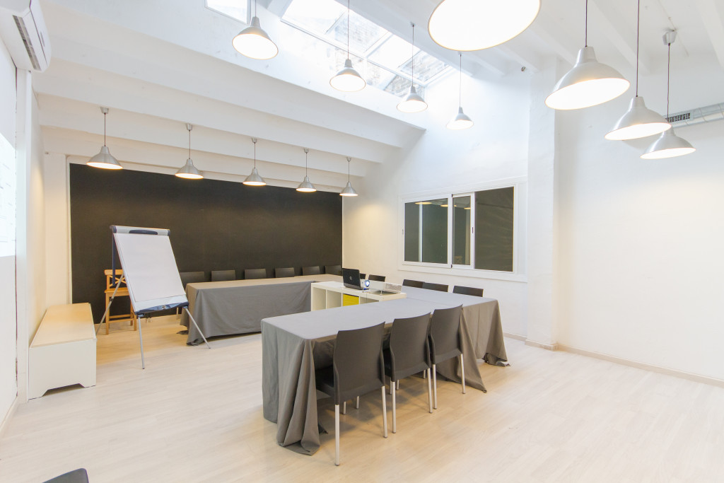 Sala de reuniones presentaciones Valkiria